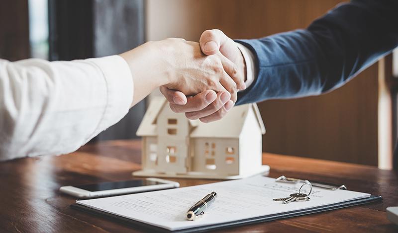 Scheidungsimmobilie: Verkaufen oder vermieten?